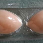 Чашечки силиконовые для увеличения груди.Есть дефект!