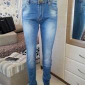 Продам качественные джинсы 32р.Смотрите замеры.