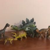 Лот 1.Фигурки динозавров, Китай.