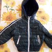 Зимняя курточка на ребенка 2-3 года