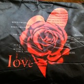 2наволочки от атласного дорогого постельного  Le Jardin Dor I Love You