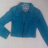 Красивый джинсовый пиджак!! Цвет морской волны!!! Размер 42-44.
