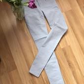 в идеале фирменные джинсы Esprit