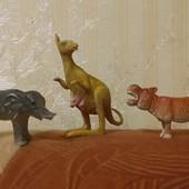 Кенгуру,  слон и бегемот одним лотом! есть ещё животные в других лотах