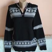 Гарненький светр-кофта в українському стилі з капюшоном,вказано р.44.Заміри