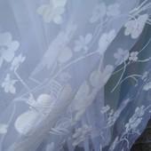 Красивая белая тюль в цветах на органзе. Цена ставки, цена погонного метра