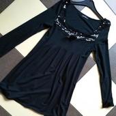 Rise красивое маленькое чёрное платье, фасон трапеция,р.10