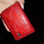 Шикарний гаманець!дуже хорошої якості!