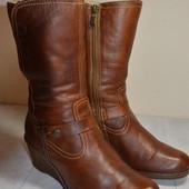 Женские  кожаные  ботинки  на танкетке  Lasocki 39 р.стелька 26 см.