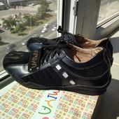Новые спортивные туфли, 34 р. (кожа)