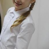Красивая белая блузка в школу для девочки на р.134,146 см.