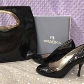 Женские лаковые туфли Braska. Сумка в подарок