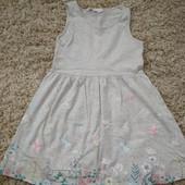Платье НМ на 4-6 лет,  очень хорошее состояние