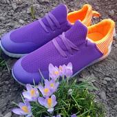 Классные  кроссовки На весну  28,30,,,р.одни на выбор!