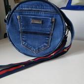 Круглая сумочка ручной работы
