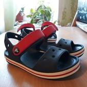 Сандали для мальчика Crocs C9 и C11, одни на выбор