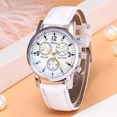 Кварцевые наручные часы. Одни на выбор.