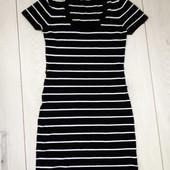 Красивое платье р.42-44 наш или S