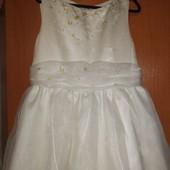 Нежное пышное кремовое платье 116-128