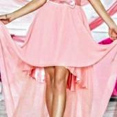 Шикарное платье на выпускной или выход.Стоит больше 1000 грн.