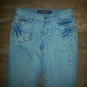Голубые  джинсы, 28 р.ПОБ 48-50 см