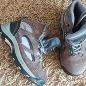 Прочные ботинки из натуральной замши Hi- Tec р.37 стелька 23 см