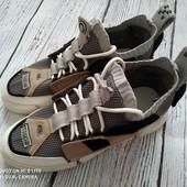 Качественные кроссовки, 24 см