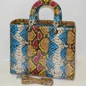 Лаковая сумка Dior