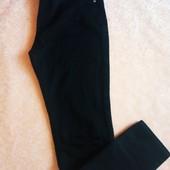Качественные скинни с прорезями на коленях