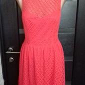 Кружевное платье на подкладке .
