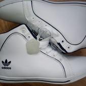 Кроссовки высокие Adidas ,Кожа!осень-весна! мега крутые ! Есть отзывы!