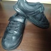 Кожаные кроссовки M&S,оригинал!18,5 см стелька