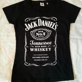 Новая футболка классного американского бренда Fruit of the Loom! 100% хлопок.Размер С,подойдёт на М