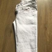 Белые джинсы XS S