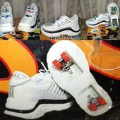 Skates-shoes кроссовки-ролики 35 р.