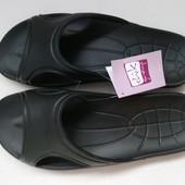Новые черные шлепанцы, размер 42-43 стелька 29,3см,Украина