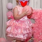 Шикарное платье на малишку