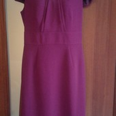 Фирменное красивое платье в отличном состоянии р. 10-12