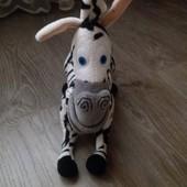 """Зебра Марти с """" Мадагаскара"""" , кошечка little pet shop LPS оригинал состояние новой+мишка на выбор в"""