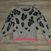 Стильный свитер от Primark из пушистой нити размер S-M