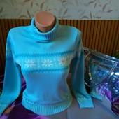 Чудесный зимний свитер (Германия) со снежинками и люрексом! Нежно голубой, s-m