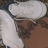 100%оригинал! Кожаные кроссовки Reebok.Идеал!23,5 см