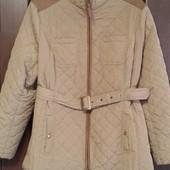 Фирменная новая демисезонная куртка с водоотталкивающей тканью р. 18-20