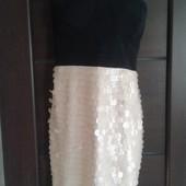 Фирменное новое очень красивое платье р. 14.