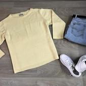 Легкий базовый свитерок