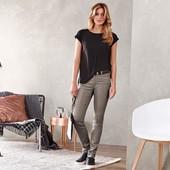 ☘Качественные, плотные джинсы Slim Fit, моделируют фигуру, Tchibo(Германия),рр. наши: 44/46(38 евро)