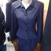 """Очень красивый дорогой костюм """"Елтекс"""". Пиджак с баской и юбка. Р. 44. Отличное качество!"""