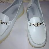 Мокасини шкіряні 2 рази взуті 24,2 см