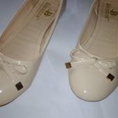 Балетки лакові взуті 2 рази 24,5 см