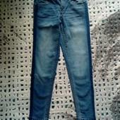 Люксовые дорогие джинсы! очень классное качество! Размер евро 36 ОБ 90